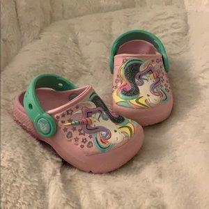 Crocs pink unicorn